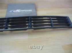 Audi 80 / S2 B4 V6 Convertible Coupe Typ89 Grid Bumper Center 895853683a
